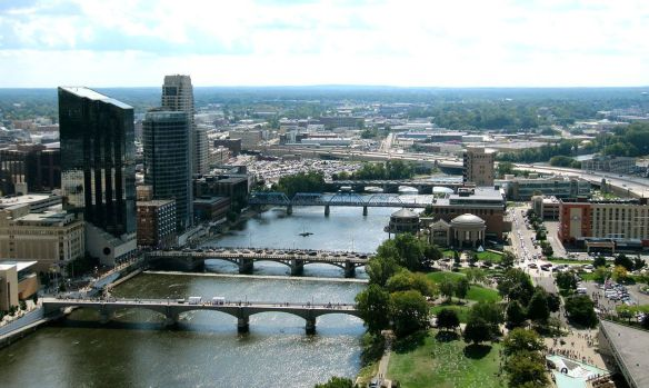 downtown-grand-rapids-and-grand-river-aerialjpg-234aea3fe2e3edb3