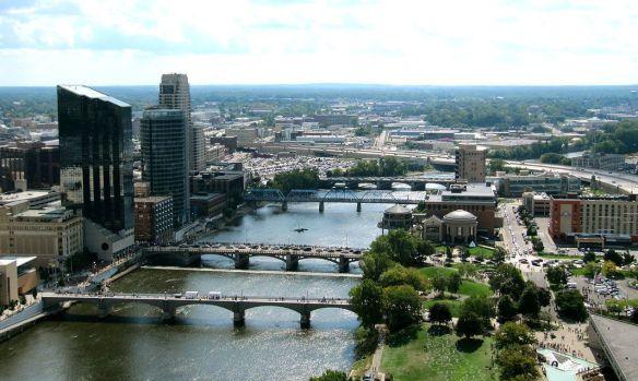 downtown-grand-rapids-and-grand-river-aerialjpg-234aea3fe2e3edb3